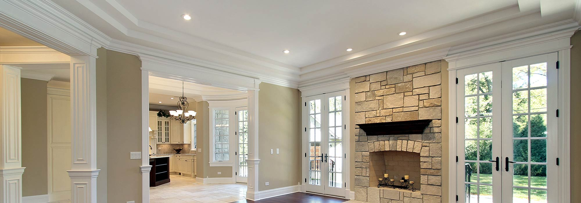 Ceiling Molding in Living Room